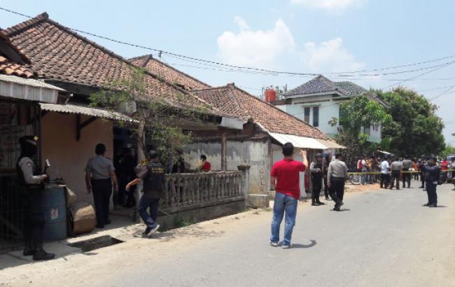Teror Cirebon, Densus 88 Geledah Rumah IM di Majalangka