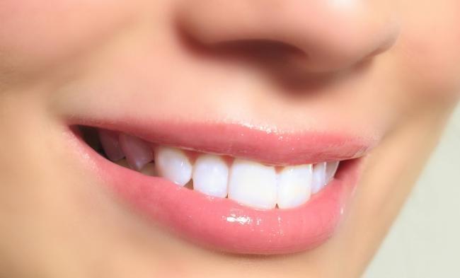 Inilah 5 Cara Putihkan Gigi Dengan Jeruk Nipis